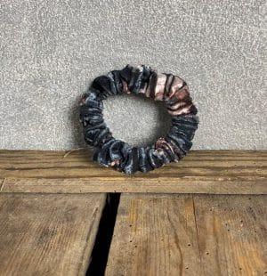 Scrunchie mini Bloemen rib zwart